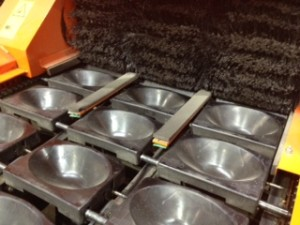 Used grader ~brushes and cups