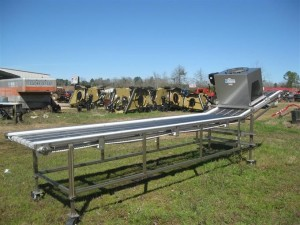lakewoodprocessmachinery10125blueberryharvestingconveyor_006