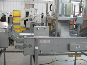 spray-bar-and-blowers-attached-to-grading-belt