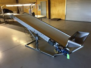 incline-conveyor-with-dovetail-600x400